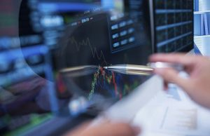 Can You Invest Like a Top Fund Manager?